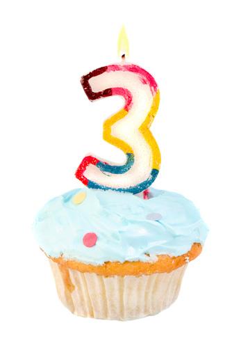 third_birthday_cupcake
